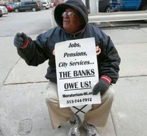 Pensioner_TheBanksOweUs