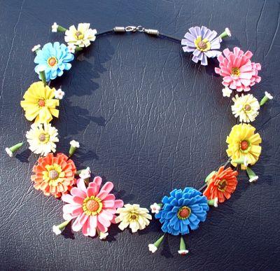 FlowerNecklace