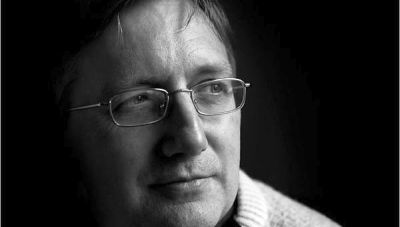 Craig John Murray, former ambassador to Uzbekistan and former Rector of the University of Dundee, a British blogger, political activist.