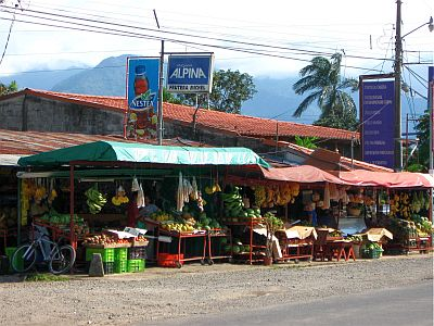 Costa Rican marketplace