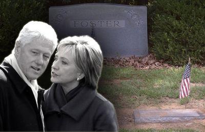 HillaryAndBillAndFostersTomb
